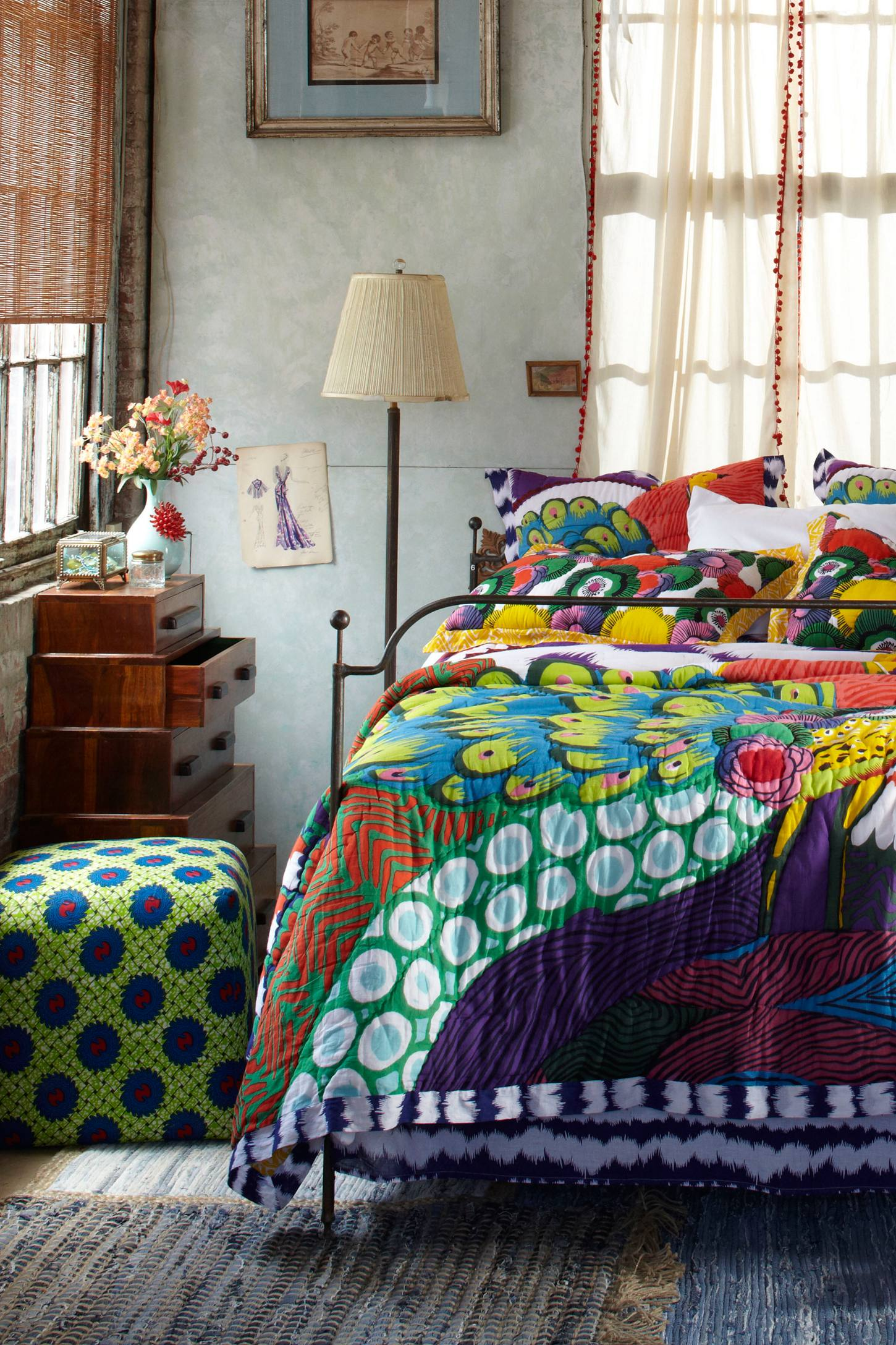 Bohemian style decorating ideas modern diy art designs for Bedroom quilt ideas