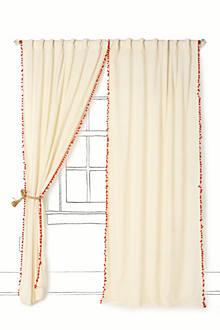 Toorie Curtain
