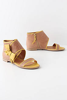 Tipped Bow Sandals