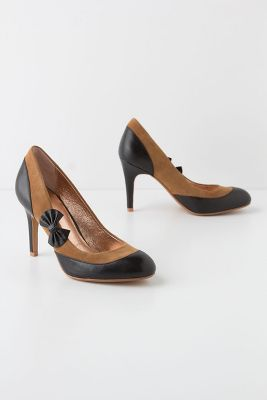 Morna Bow Pumps