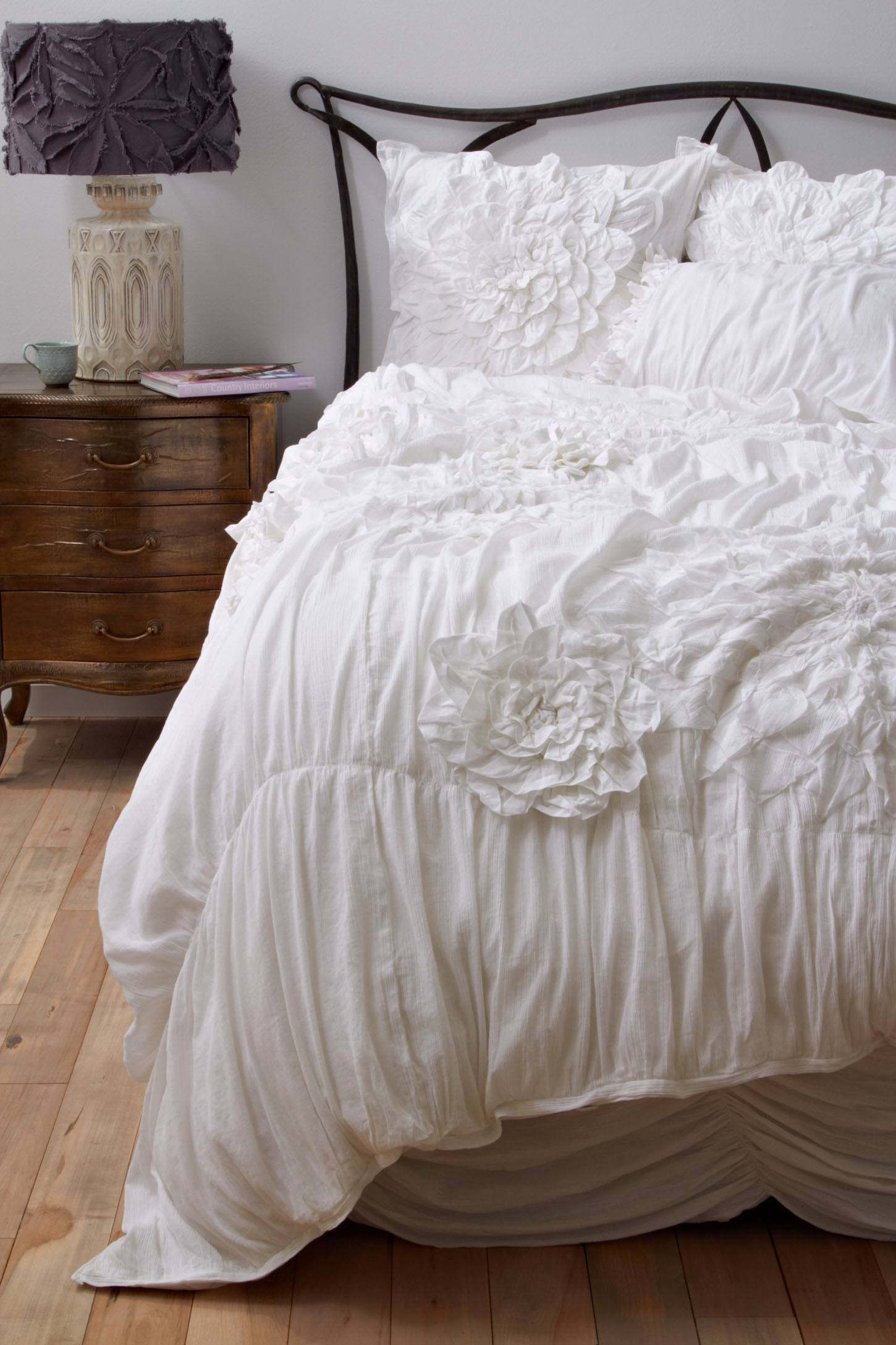 Anthropologie bedding - Slide View 1 Georgina Duvet