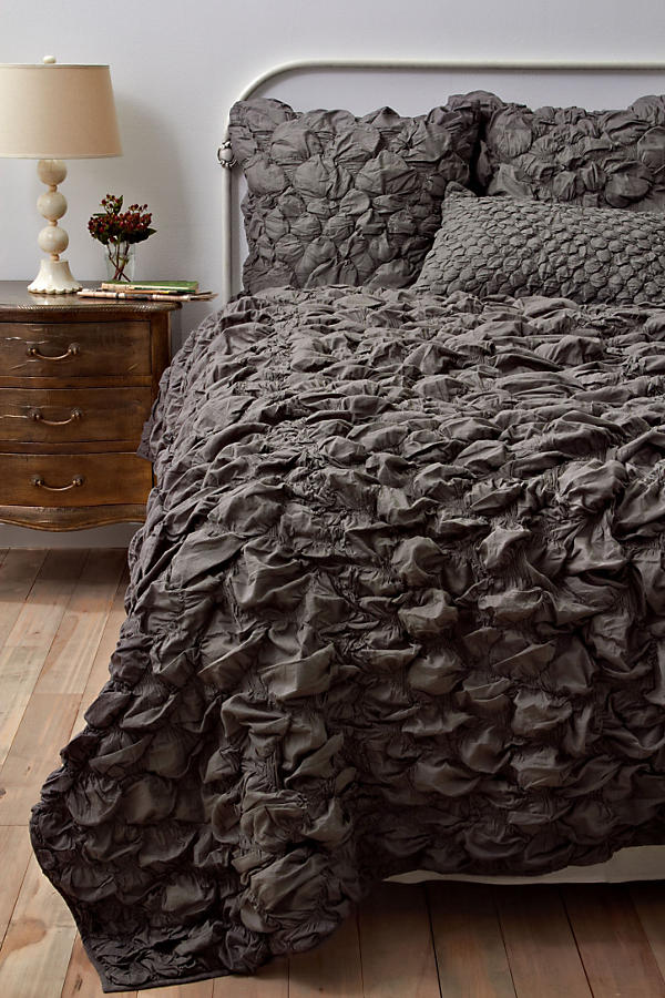 Slide View: 1: Catalina Quilt, Charcoal
