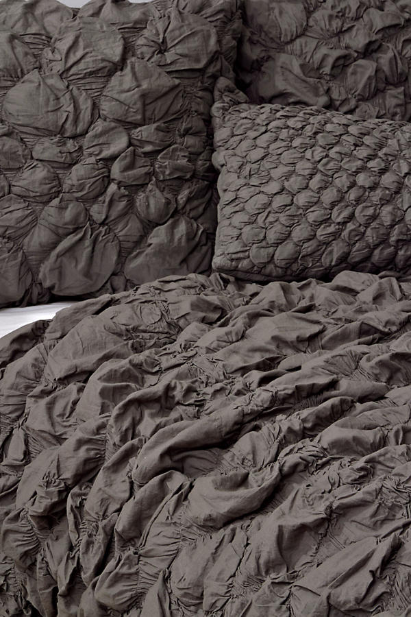 Slide View: 8: Catalina Quilt, Charcoal