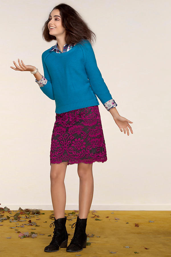 Slide View: 3: Embroidered Lace Pencil Skirt