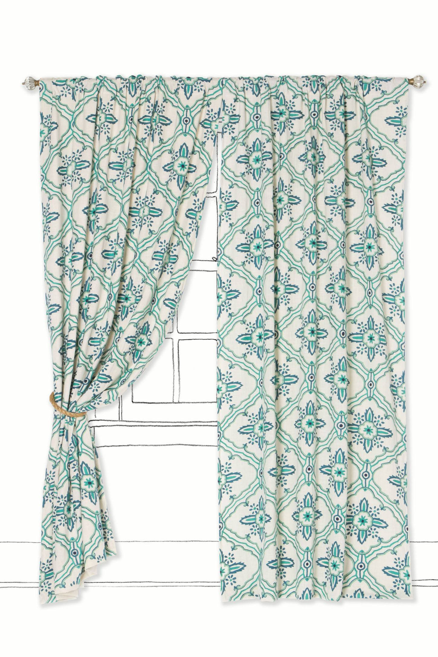 Tawi Curtain