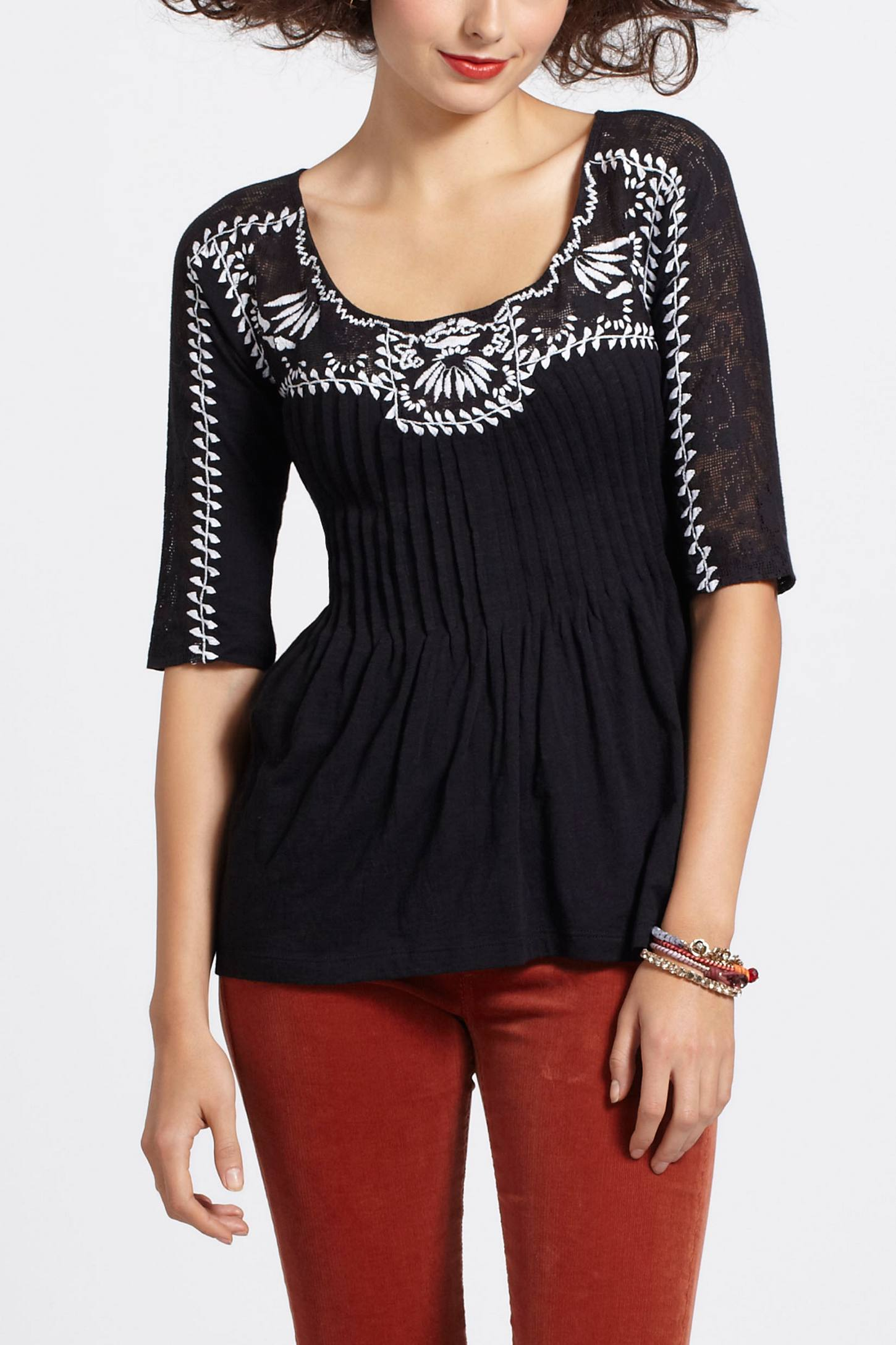 Rilievo Embroidery Top