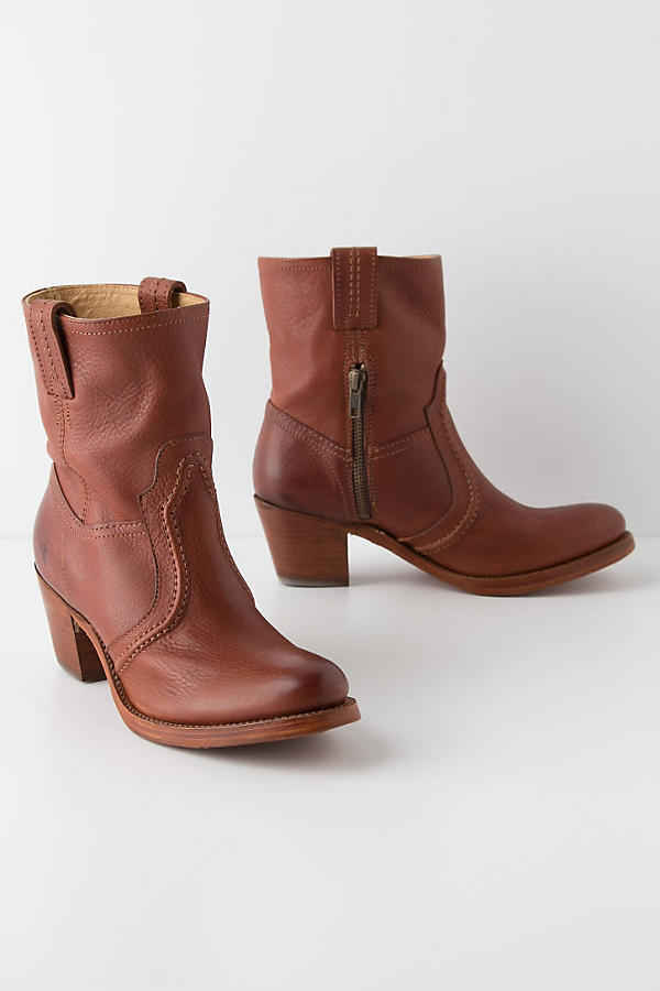 Slide View: 1: Jane Trapunto Booties