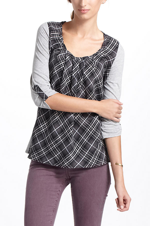 Slide View: 2: Centered Plaid Pullover