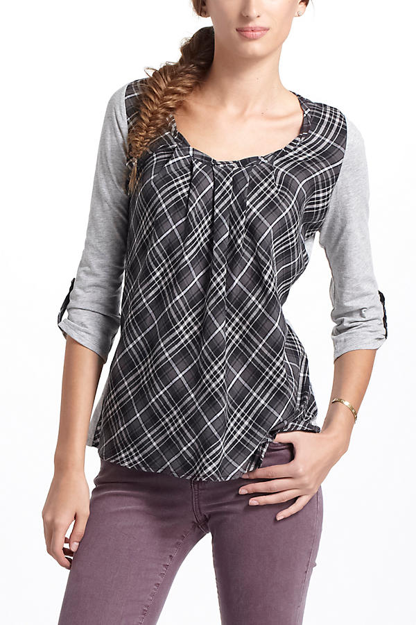 Slide View: 1: Centered Plaid Pullover