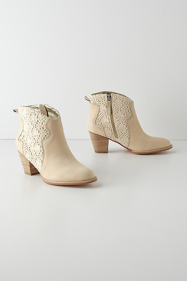 Slide View: 1: Cadee Booties