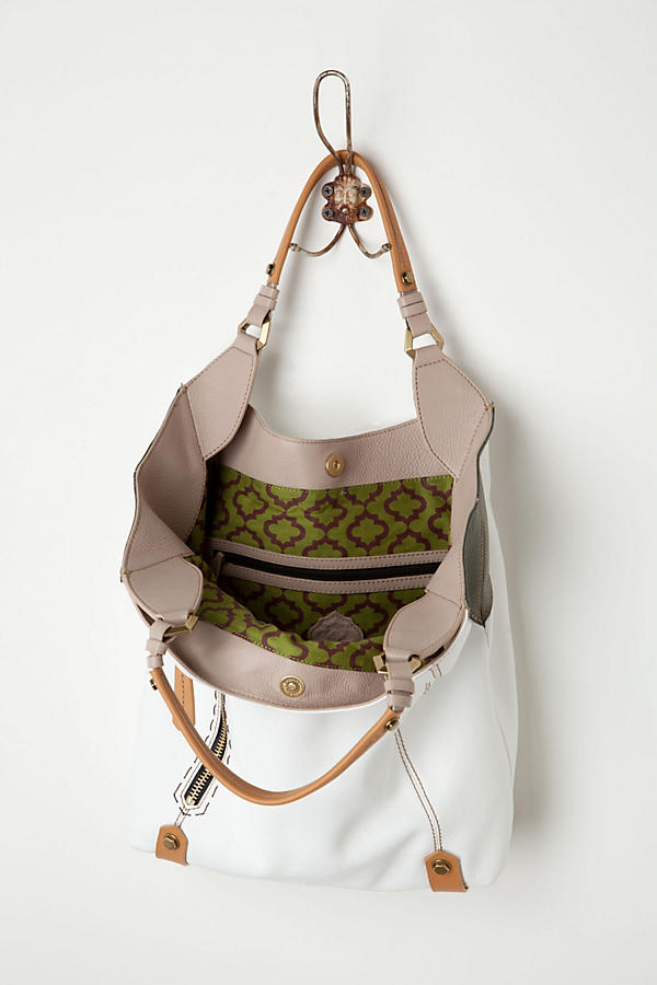 Slide View: 3: Corner Color Tote