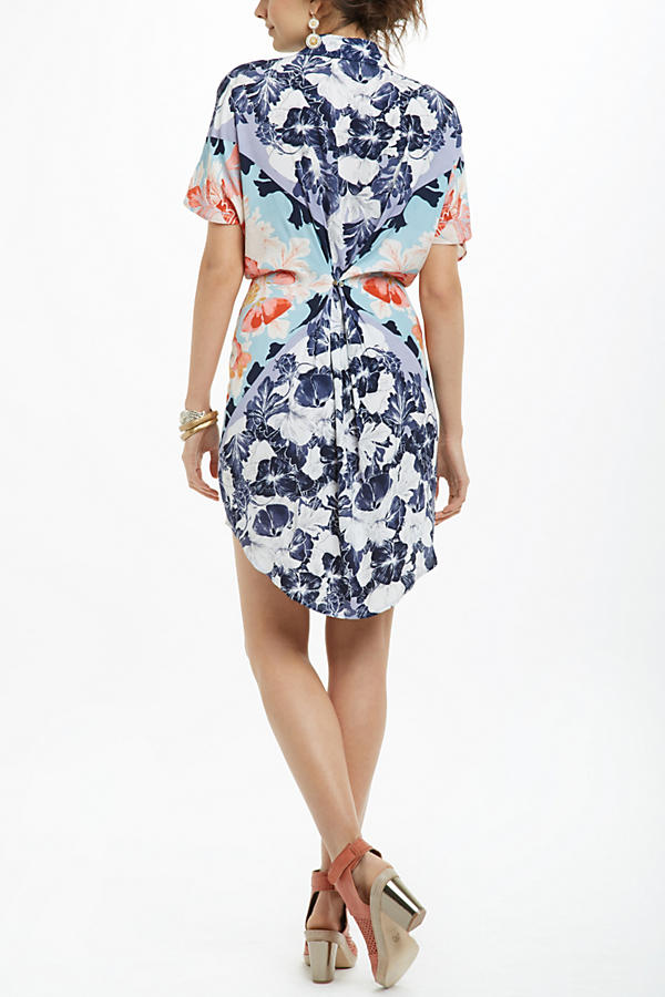 Slide View: 2: Hibiscus Bloom Shirtdress