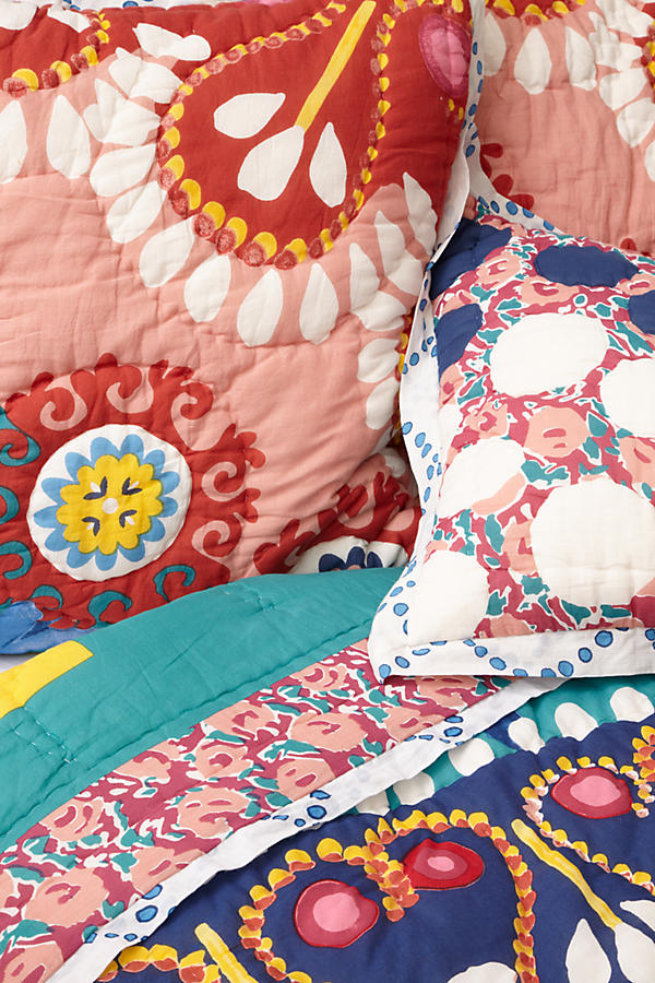 Slide View: 2: Tahla Quilt