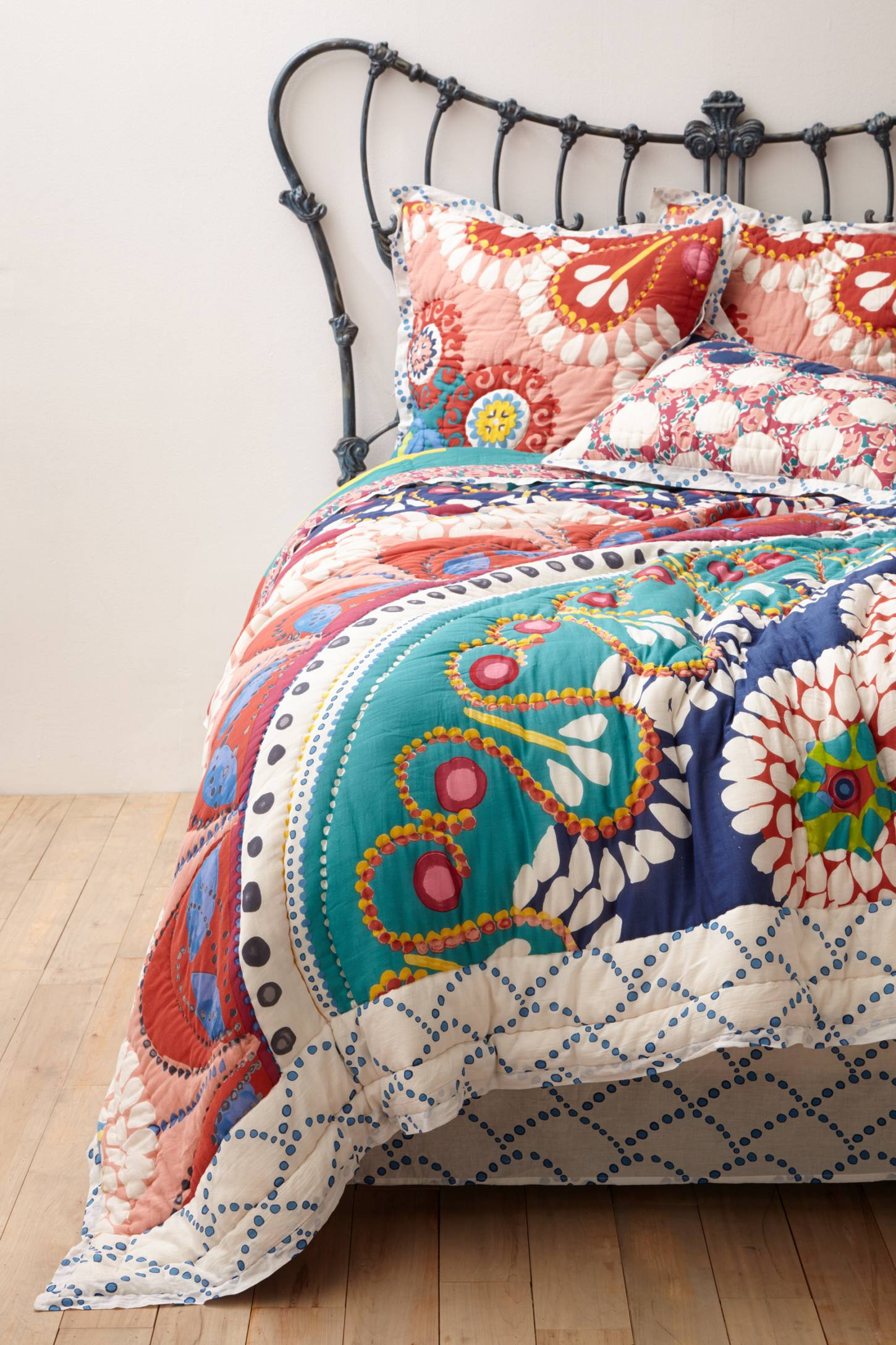 Tahla quilt anthropologie for Bohemian style daybed