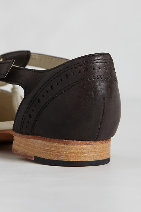 Slide View: 2: Imogene Cutout Brogues