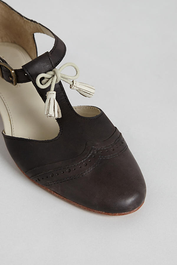 Slide View: 5: Imogene Cutout Brogues