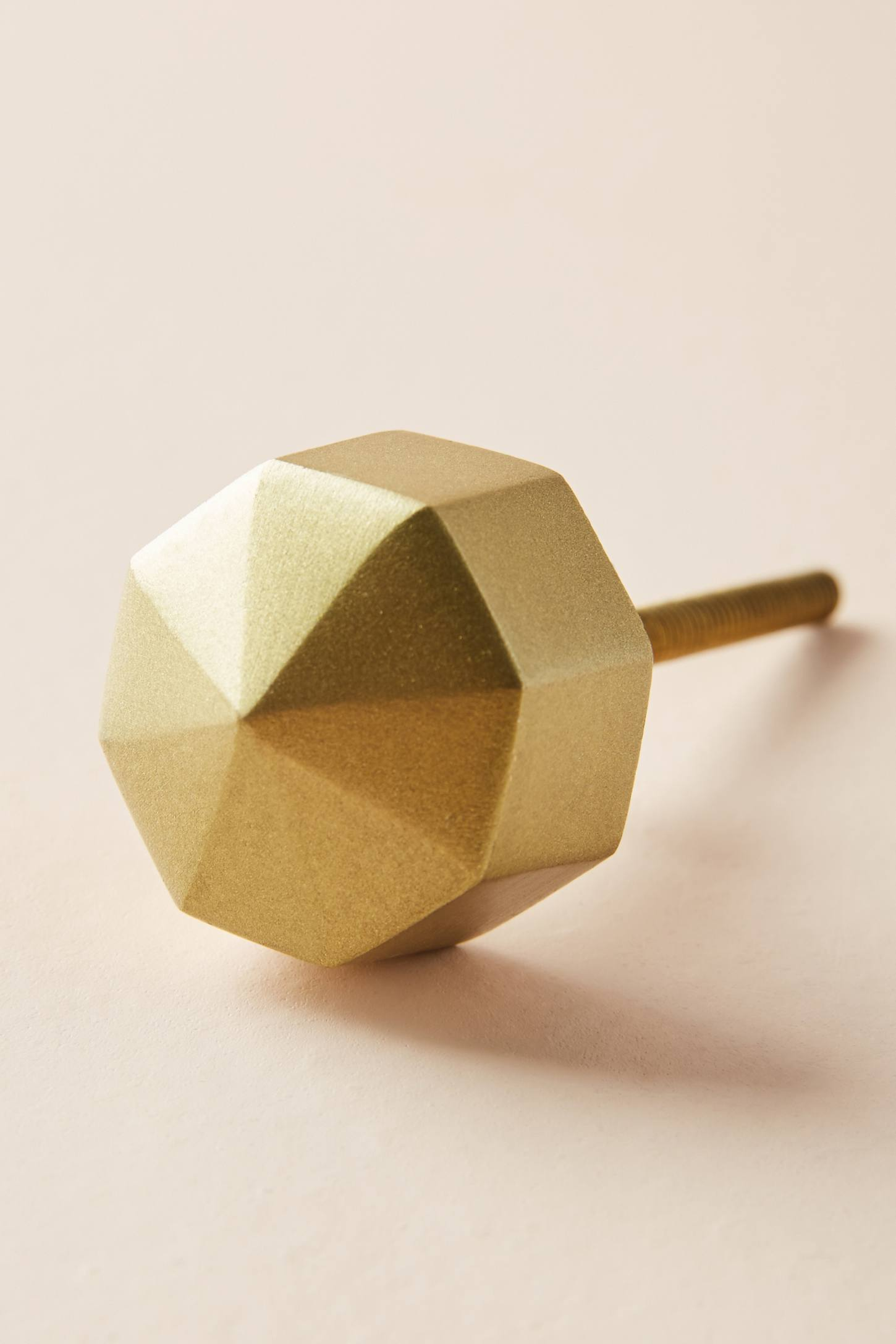 Slide View: 3: Faceted Ory Knob