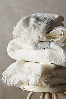 Slide View: 2: Linen-Edged Towel Collection