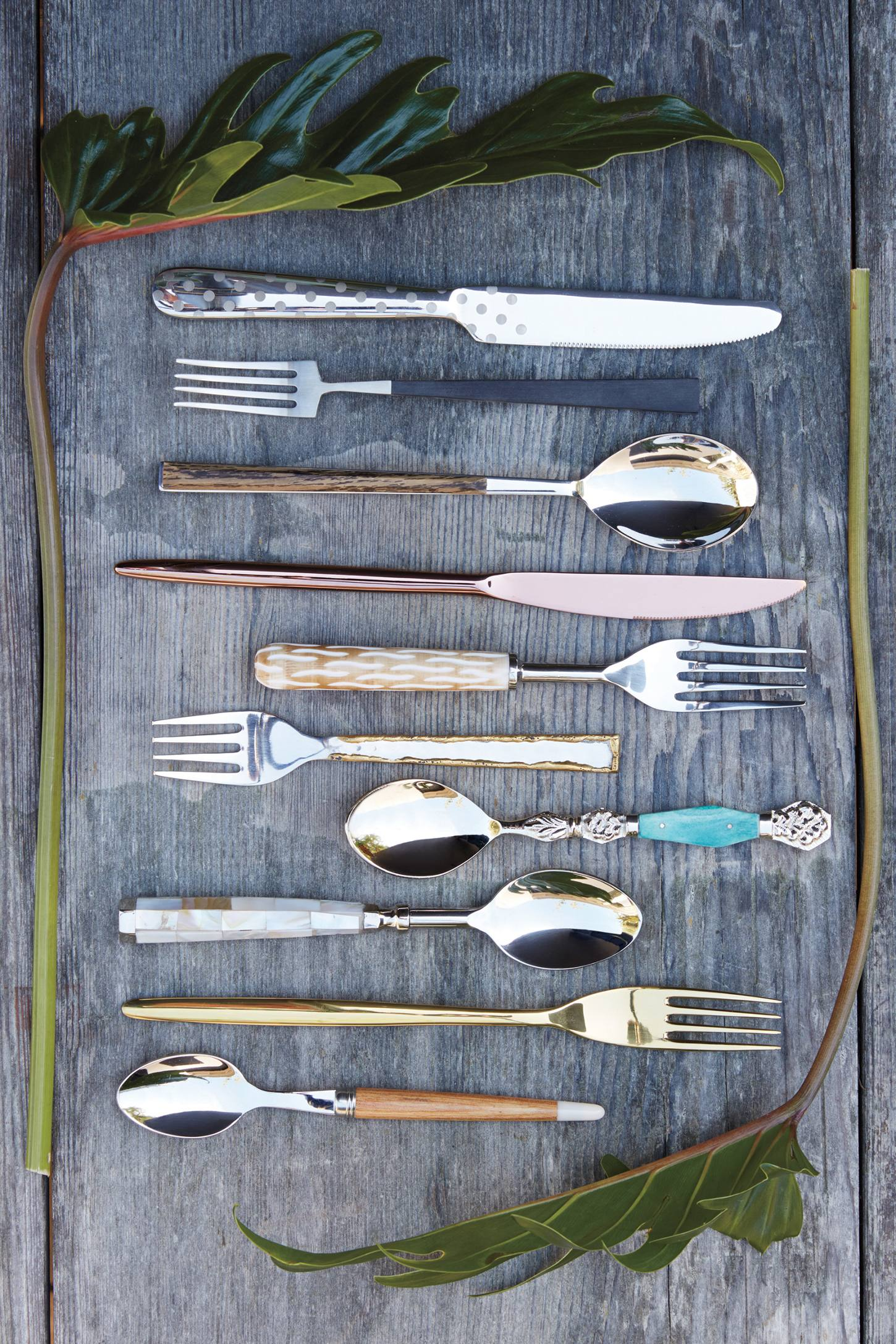 Slide View: 3: Polka Dotted Flatware