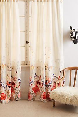 Slide View: 1: Garden Buzz Curtain