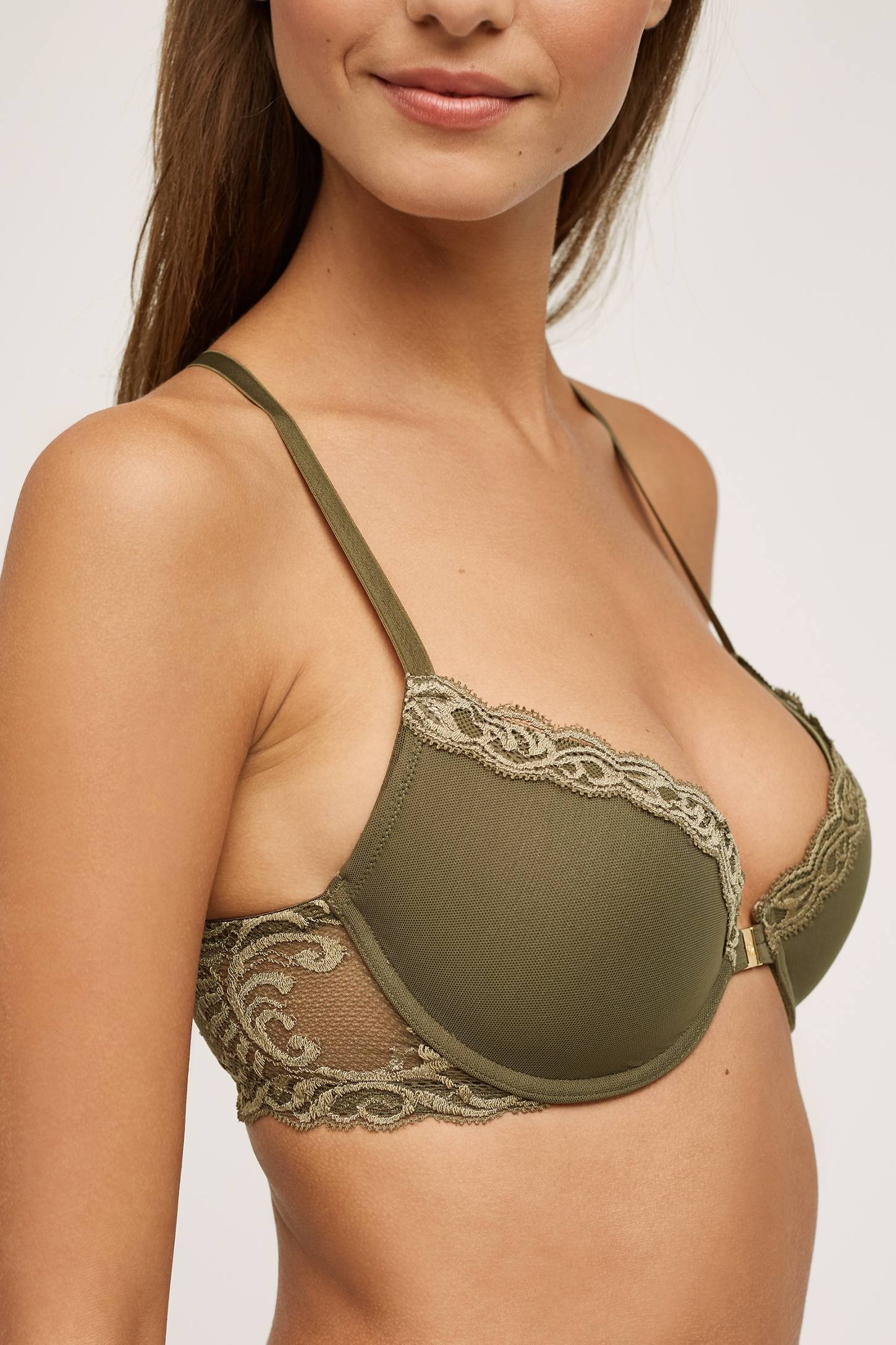 Slide View: 3: Natori Feathers Front-Close T-Back Bra