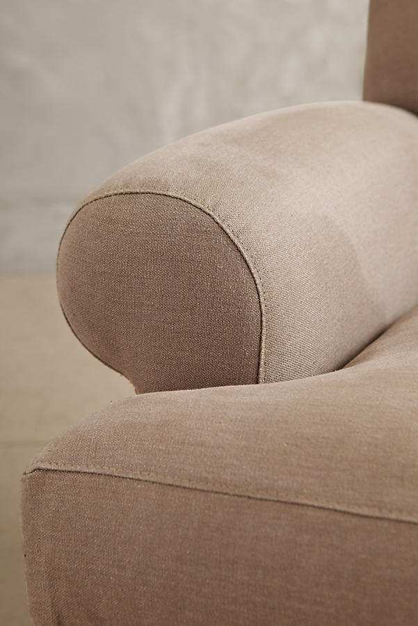 Slide View: 3: Linen Willoughby Sofa, Hickory