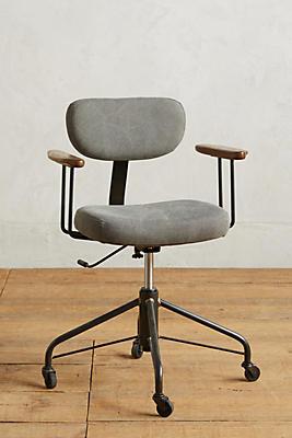 Slide View: 1: Kalmar Desk Chair