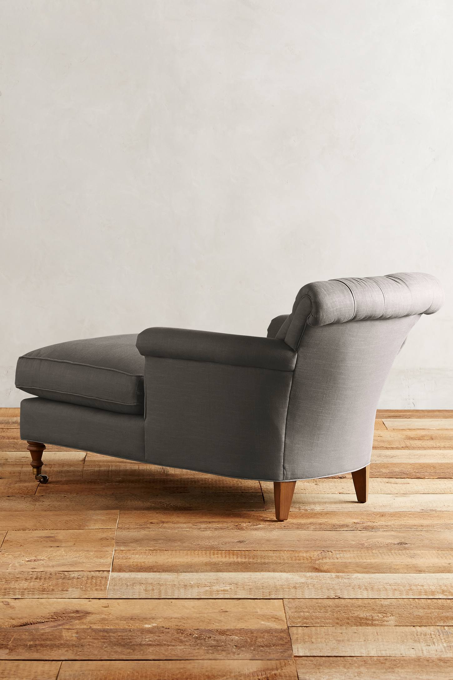 Slide View: 2: Linen Gwinnette Chaise