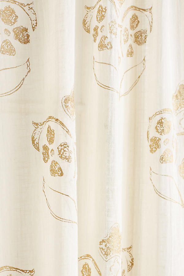 Slide View: 3: Gleaming Elora Curtain