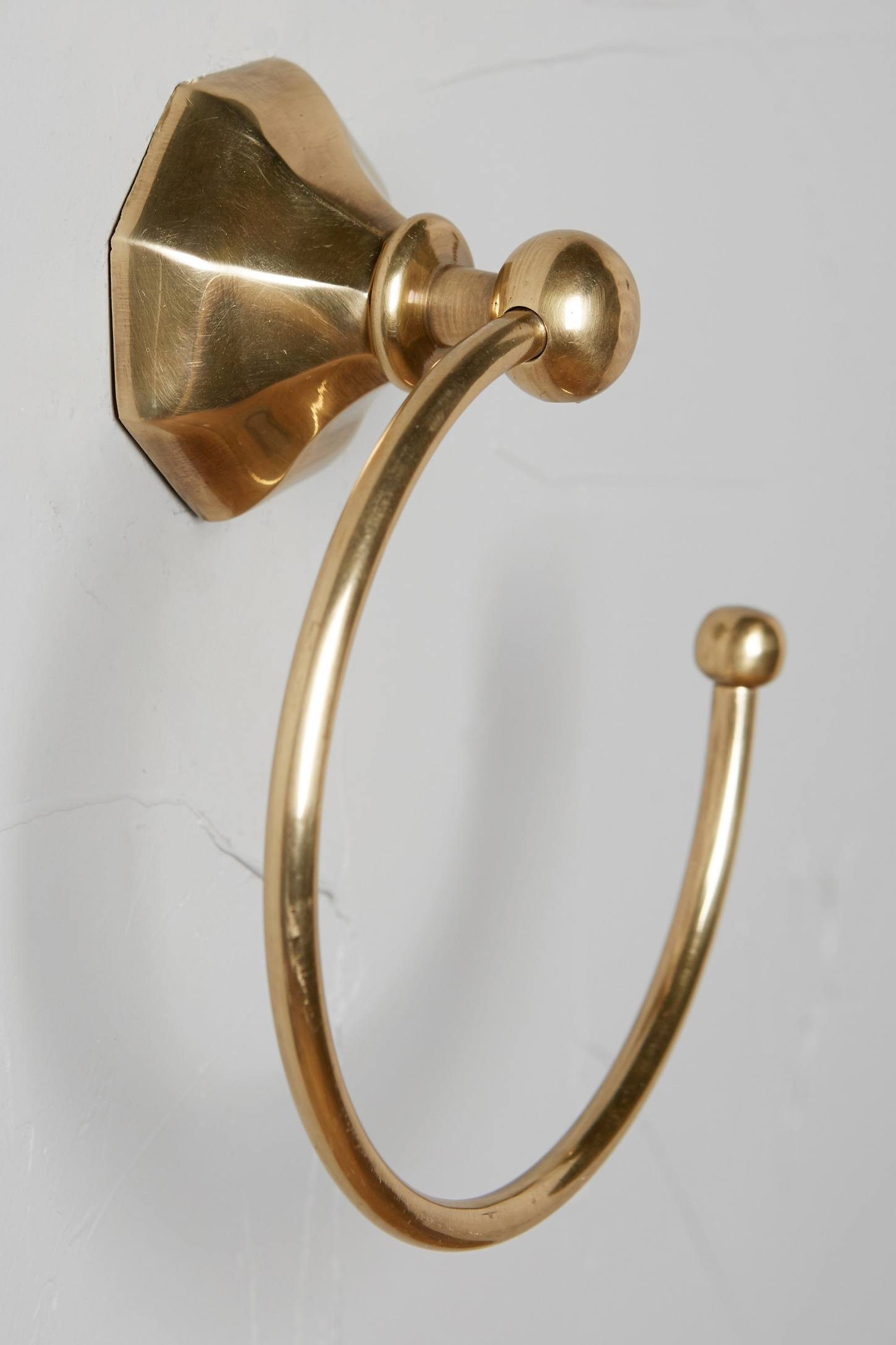 Slide View: 8: Brass Circlet Towel Bar