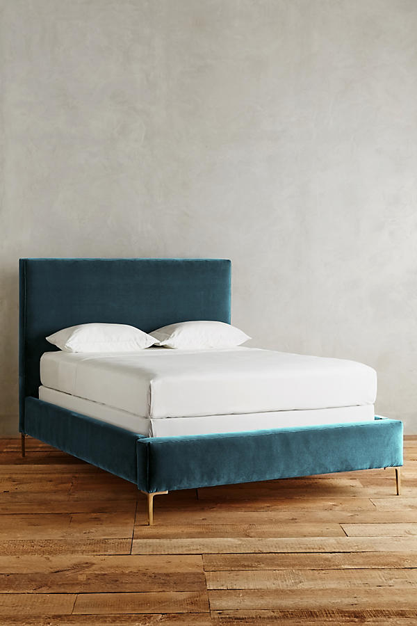 Slide View: 2: Velvet Edlyn Bed