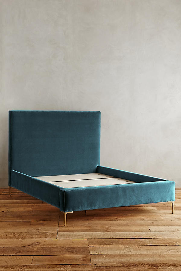 Slide View: 3: Velvet Edlyn Bed