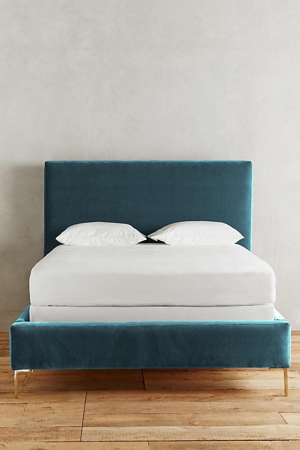 Slide View: 4: Velvet Edlyn Bed