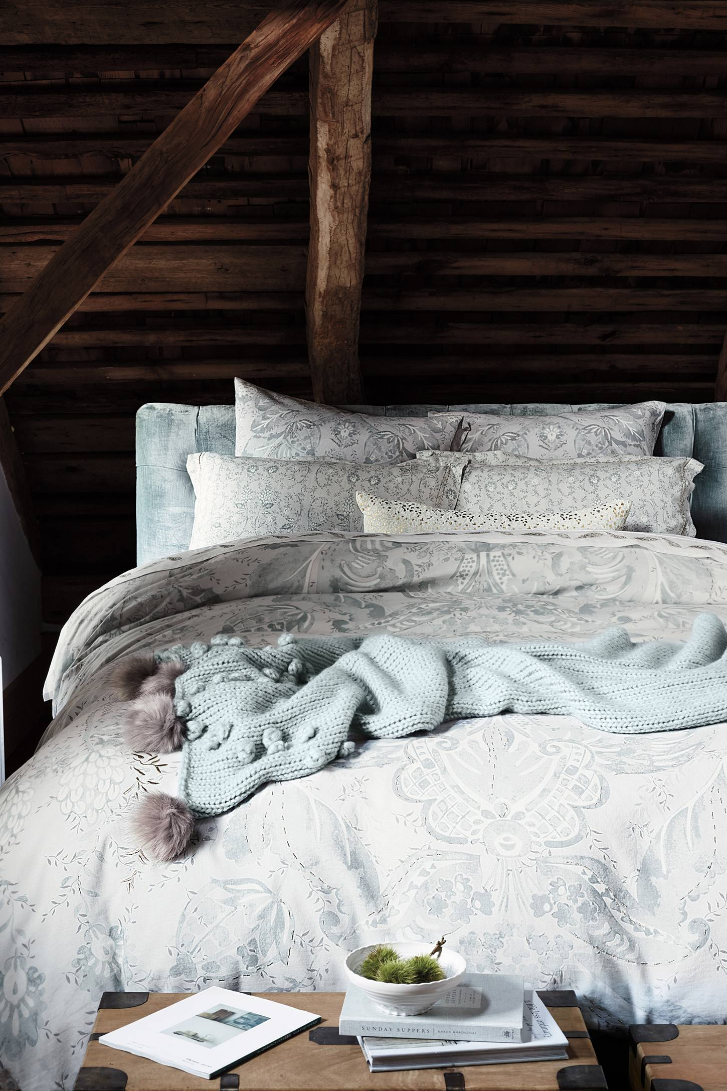 Slide View: 1: Marielle Duvet