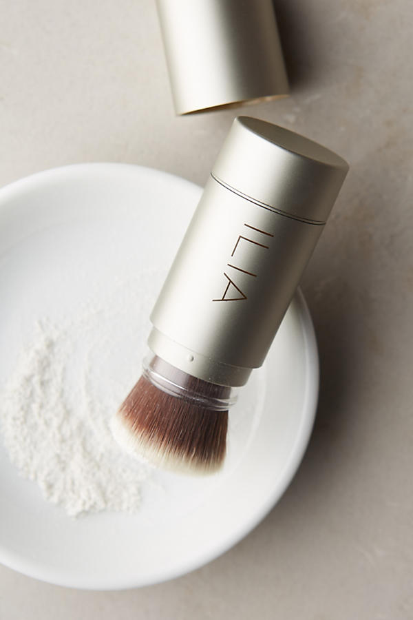 Slide View: 1: Ilia Translucent Powder