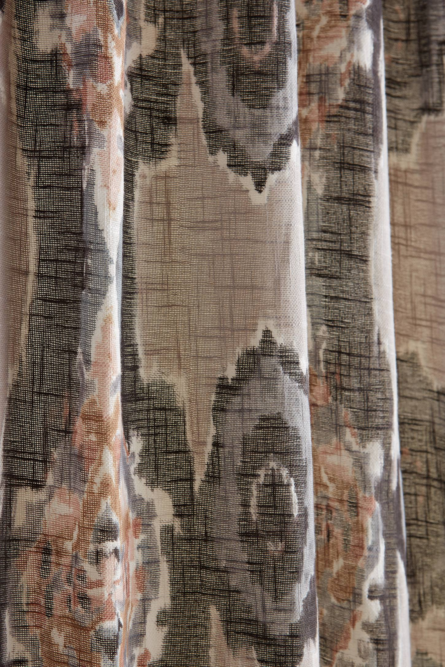 Slide View: 2: Stretched Ikat Curtain