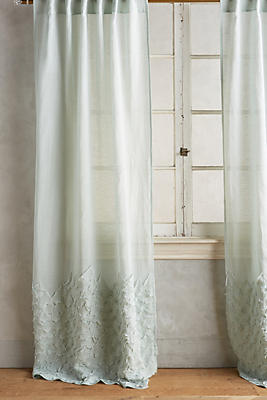 Slide View: 1: Ophelia Curtain