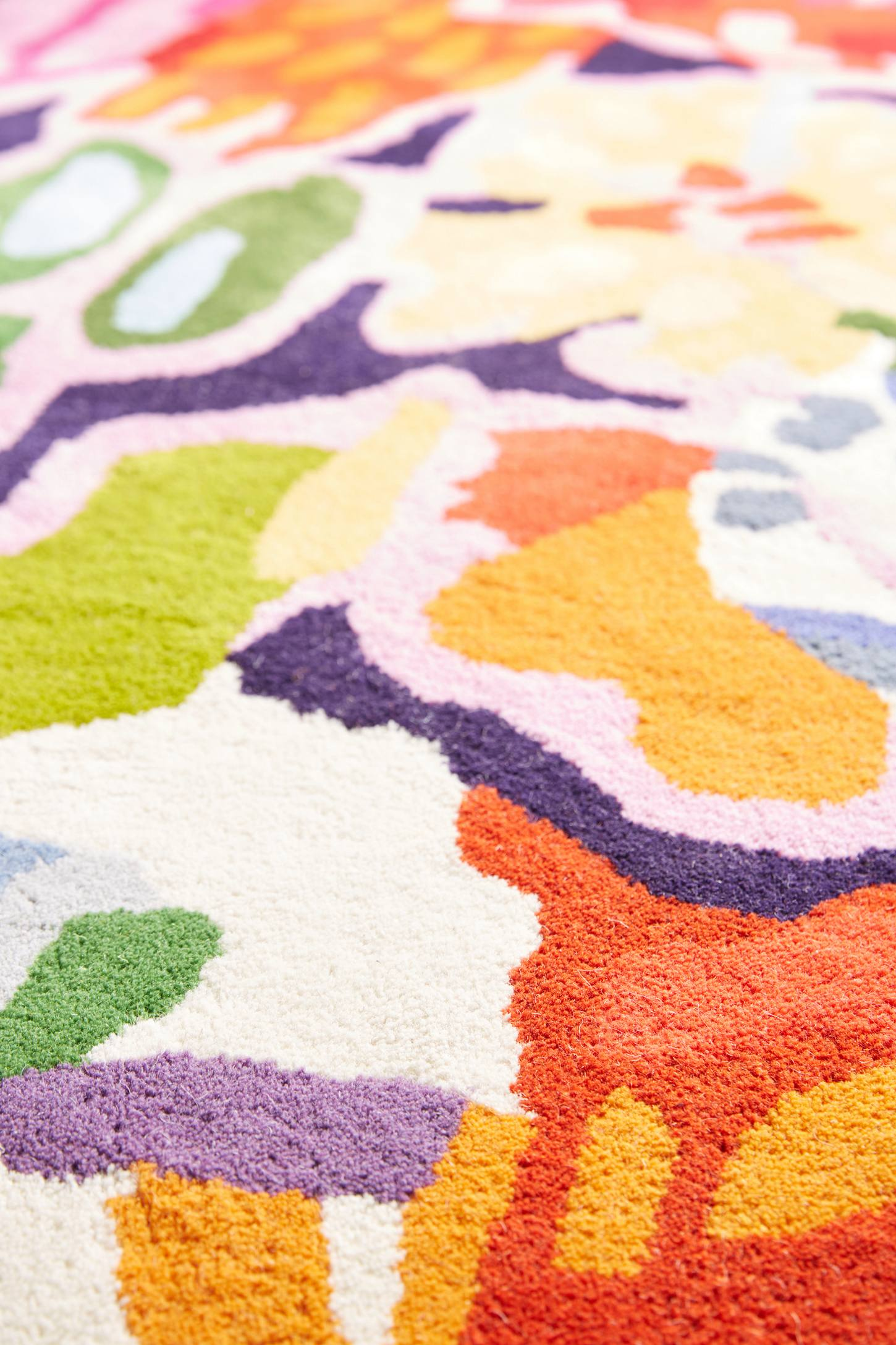 Slide View: 3: Deconstructed Bouquet Rug