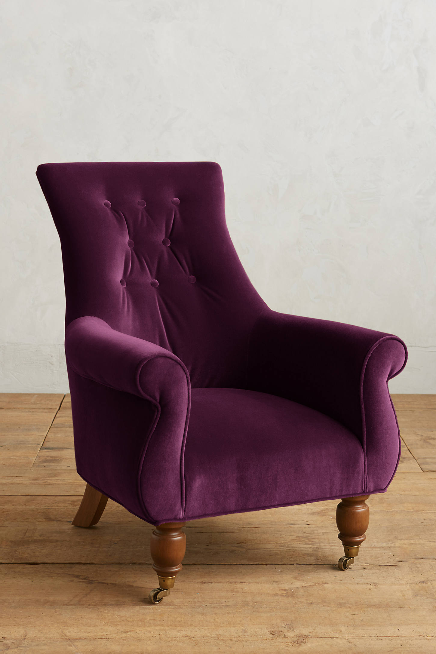Velvet Astrid Chair