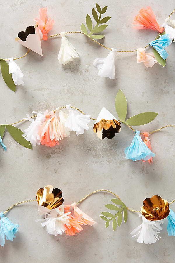 Slide View: 1: Paper Floral Garland