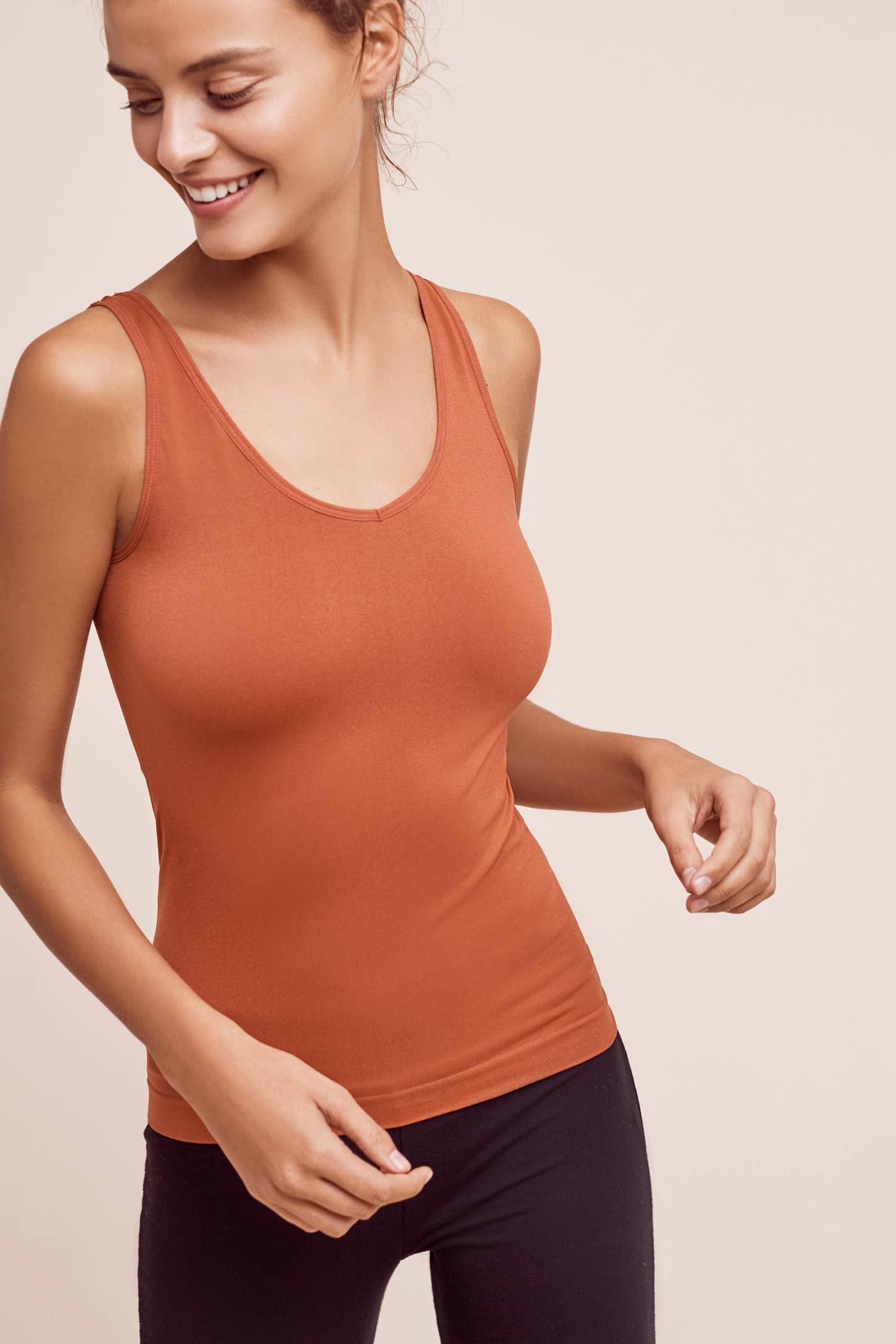 Slide View: 1: Reversible Seamless Scoop Tank