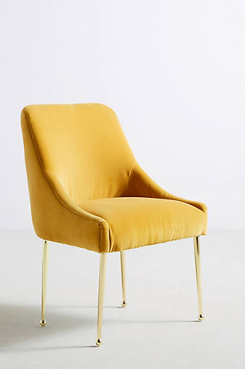 Slide View: 2: Velvet Elowen Chair