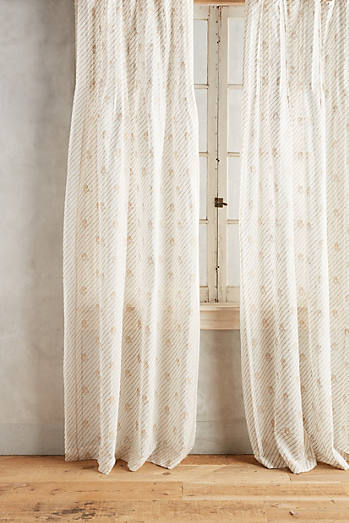 Bette Curtain
