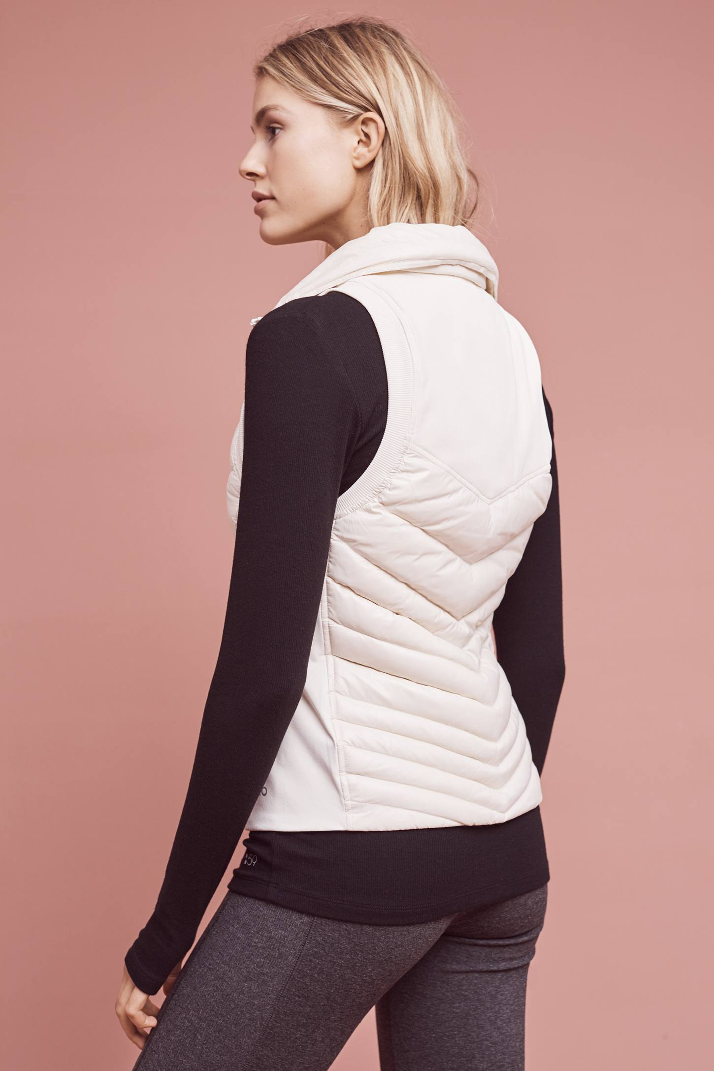 Slide View: 4: Altitude Puffer Vest