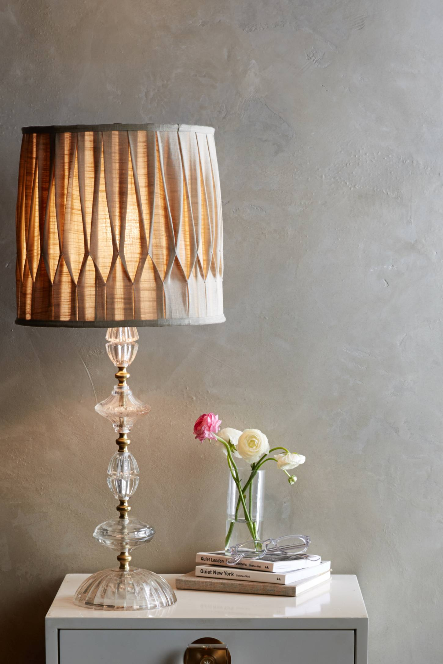 Slide View: 2: Carlotta Table Lamp