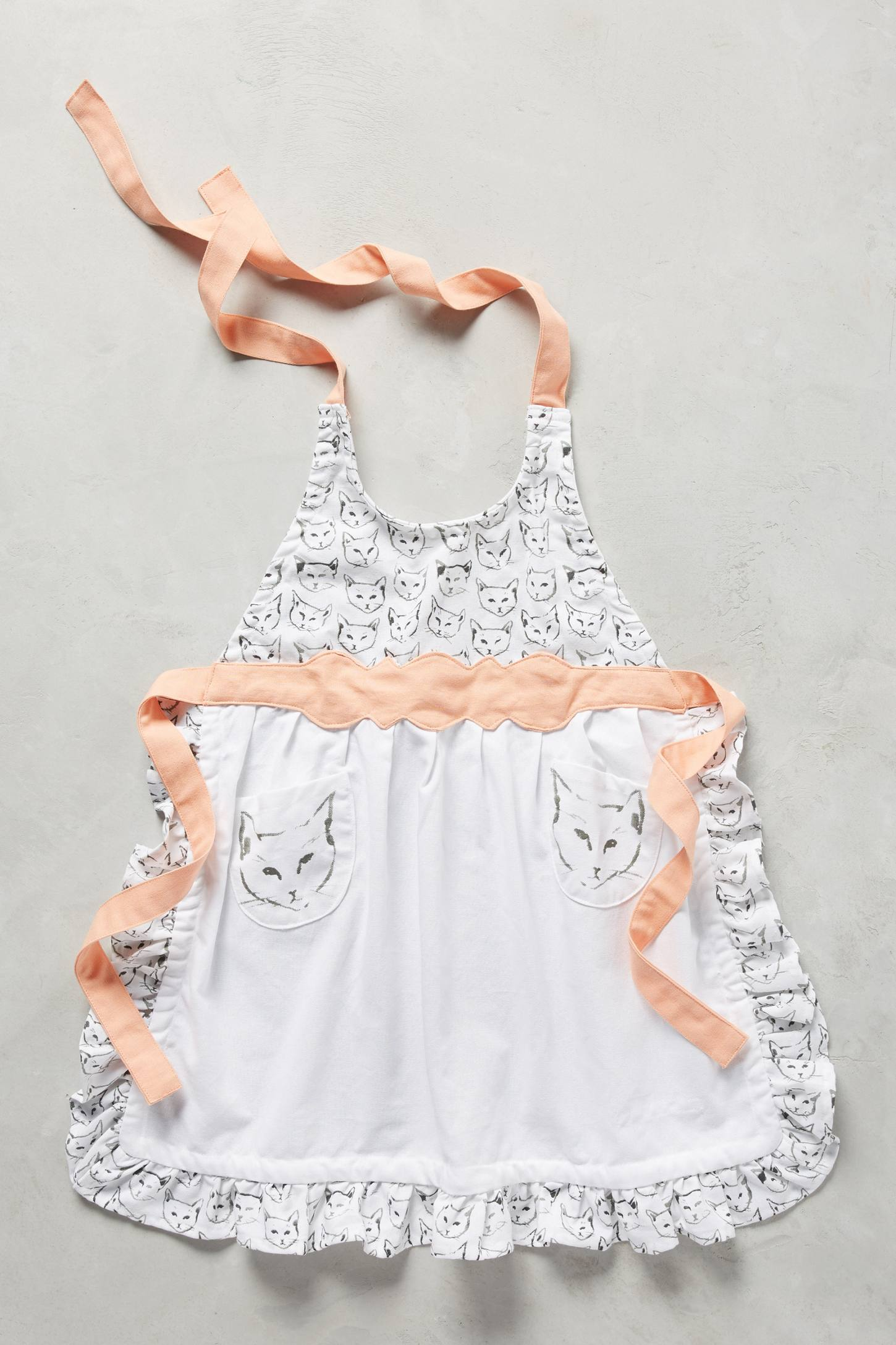 Cat study kid 39 s apron anthropologie for Anthropologie cuisine couture apron