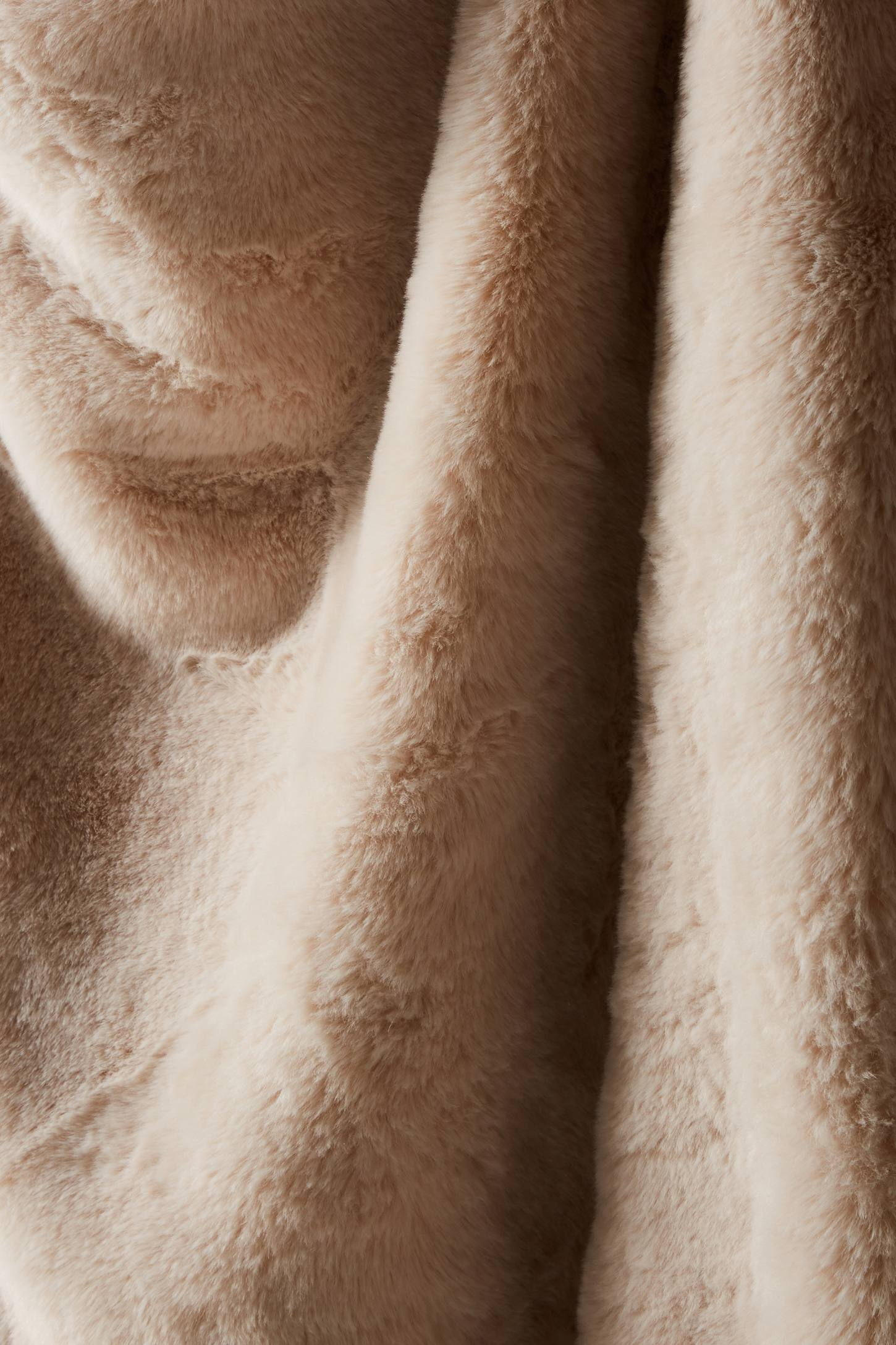 Slide View: 2: Fireside Faux-Fur Throw Blanket