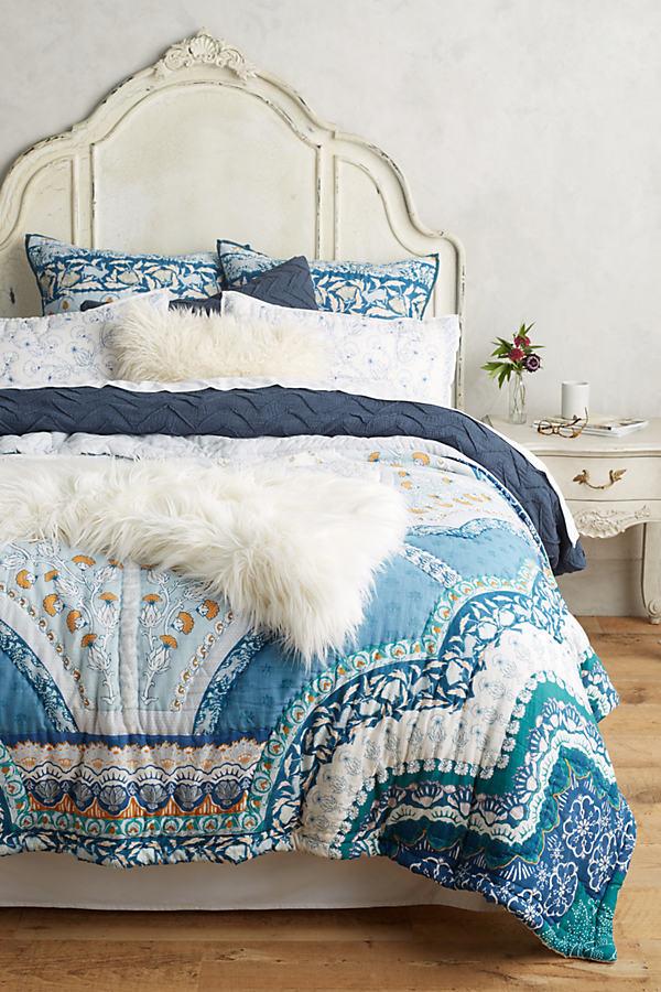 Paravel Bedding - Blue Motif, Size Dbl Quilt