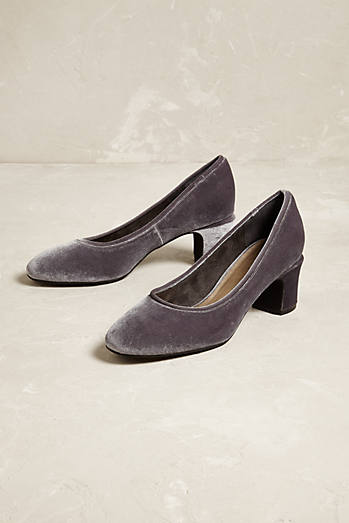 Liendo By Seychelles Velvet Pumps