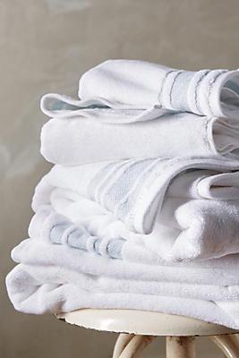 Slide View: 2: Kassatex Herringbone-Bordered Turkish Cotton Towel Collection
